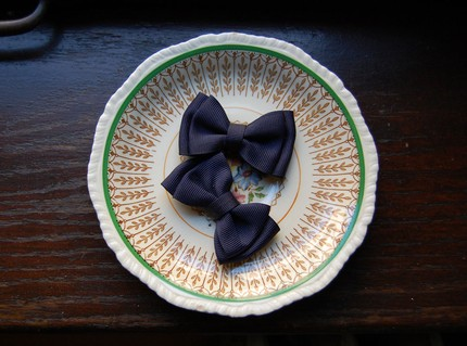 $8 Navy Blue Bows